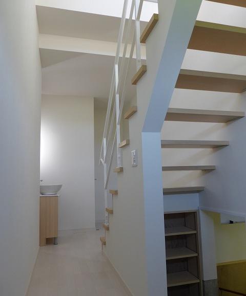 【建物画像】階段